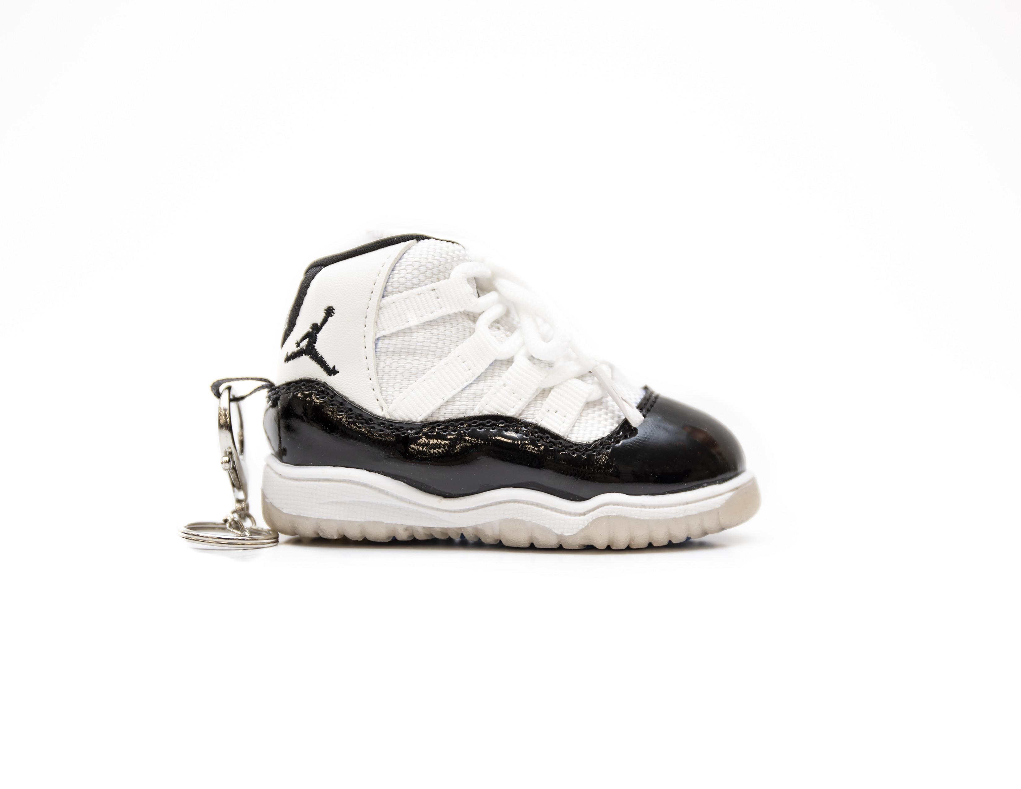 """Air Jordan 11 """"Concord"""" Sneaker Charger"""